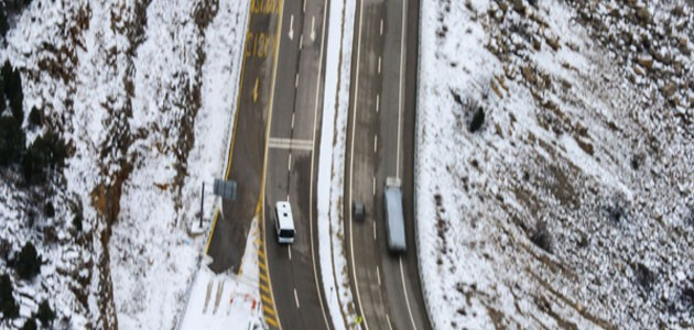 Konya-Antalya kara yolunda kar manzarası